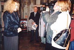 Krystyna Doktorowicz, dziekan WRTiTV,podczas jednego z wywiadów (kino 'Światowid', 26.04.2001 r.) Foto: Ł. Adamczyk