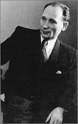 Julian Stryjkowski. Fotografia z okresu pracy pisarza w katowickim oddziale PAP
