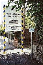 Maisons-Laffitte słynie z organizowanych tu wyścigów konnych - foto:   M. Kubik