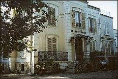 Dom 'na Korneju' dzisiaj (VIII 2001 r.) - foto:   M. Kubik