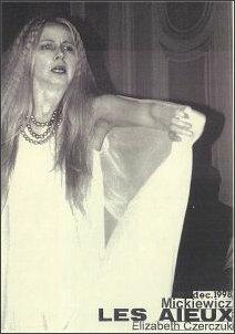 Elżbieta Czerczuk w spektaklu 'Dziady' (Paryż, grudzień 1998 r.)