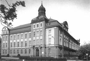 Śląski Uniwersytet w Opawie