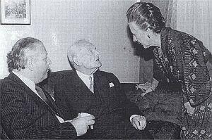 Zebranie jury nagrody Wiadomości (1977 r.): Jan Badeni, Edward Raczyński, Stefania Kossowska