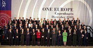 Wspólna fotografia uczestników szczytu