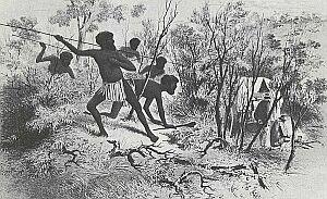 """Napady tubylców na białych mieszkańców nie należały do rzadkości. Podobne problemy mieli także pracownicy i budowniczy telegrafu - zdarzało się, że miejscowi zrywali przewody i zabijali obsługujących """"wynalazek złego człowieka""""…"""