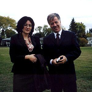 Z prof. Janem Miodkiem - na chwilę przed spotkaniem z Polonią z Edmonton