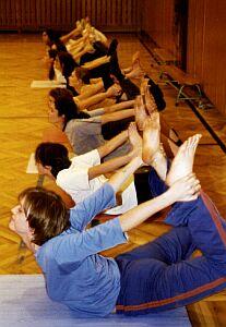 Łuk - przywraca elastyczność kręgosłupowi.