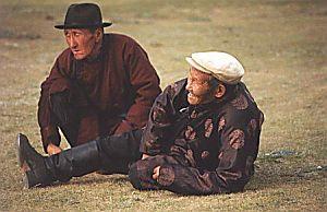 Mongołowie są narodem dla którego podstawową wartością są więzi społeczne i grupowe