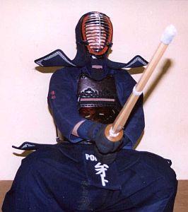 Michał Młot w pełnym rynsztunku bojowym