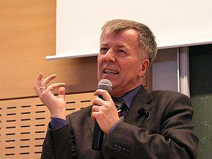 O polszczyźnie w Europie i Europie w polszczyźnie opowiada prof. Jan Miodek