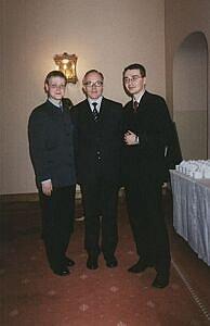 Od lewej: Wojciech Śliwiński, mec. Maciej Zieliński z Kancelarii Haarmann Hemmelrath i przeciwnik prasowy Wojtka - Czesław Kłak