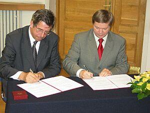 Podpisanie porozumienia pomiędzy Rzecznikiem Praw Obywatelskich a Rektorem Uniwersytetu Śląskiego w Katowicach