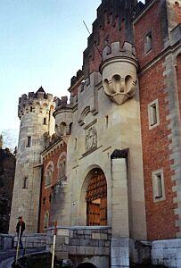 Zamek jest kakofonią różnych stylów architektonicznych
