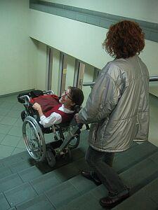 Zjazdy trenuje Anna Wandzel - konsultant ds. studentów niepełnosprawnych UŚ