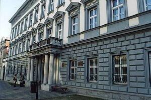 Ústav bohemistiky a knihovnictví Filozoficko-přírodovědecké fakulty Slezské univerzity v Opavě