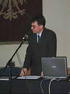 Dyrektor Biblioteki Uniwersytetu Śląskiego, dr Dariusz Pawelec omówił działalność Biblioteki.