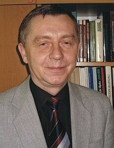 Prof. dr hab. Sylwester Wróbel