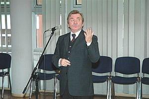Dziekan WIiNoM UŚ - prof. UŚ dr hab. inż. Zygmunt Wróbel