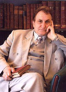 Prof. zw. dr hab. Józef Bańka