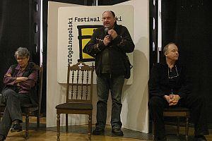 Panel dyskusyjny po projekcji 'Scen z powstania', z udziałem prof. Małgorzaty Szpakowskiej, Wojciecha Marczewskiego i Leszka Wosiewicza, aula WNS, 3 marca 2005 r.