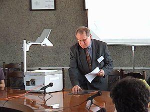 Prof. dr hab. Jiři Fiala z Uniwersytetu w Ołomuńcu podczas swojego wykładu