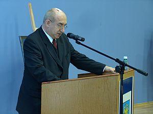 Prof. dr hab. Leszek Ogiegło