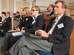 Od prawej: dr hab. Józef Zarek (Wydział Filologiczny), lic. Anna Seweryn, dr Aleksandra Kunce (Wydział Filologiczny)