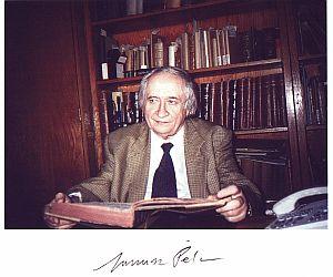 Profesor Janusz Pelc