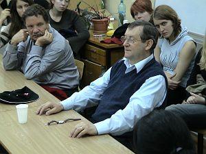 Profesor Norman Davies na spotkaniu ze studentami