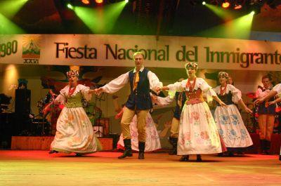 Pierwszy koncert zespołu w Argentynie podczas podczas Fiesta Nacional del Inmigrante w Oberá