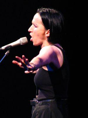 Renata Przemyk podczas występu