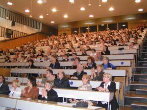 Debata w Instytucie Fizyki UŚ