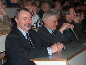 Od lewej: prof. dr hab. Wiesław Banyś, prof. dr hab. Jerzy Warczewski, dr Jerzy Jarosz
