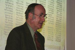 Profesor Alan Millard