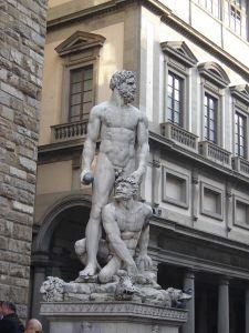 Herkules i Kakkus - dzieło Baccio Bandinellego usytuowane przy wejściu do Palazzo Vecchio na Piazza della Signoria