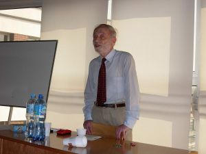 Profesor Mordechai Roshwald