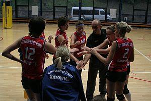 Drużyna III Ligi Siatkarskiej Kobiet prowadzona przez Krzysztofa Zabielnego