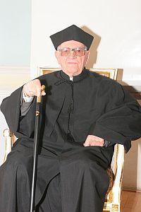 Profesor Wincenty Okoń