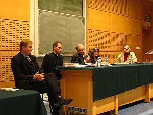 Od lewej: dr Bogdan Kloch, ks. dr Rafał Śpiewak, prof. dr hab. Jacek Lyszczyna, dr hab. Jolanta Tambor, dr Zbigniew Kadłubek