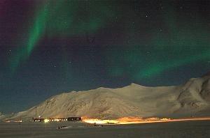 Polska Stacja Polarna w Hornsundzie podczas nocy polarnej