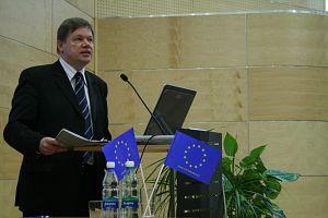O perspektywach rozwoju nauki polskiej i szkolnictwa wyższego w kontekście członkostwa w Unii Europejskiej mówił JM Rektor UŚ prof. zw. dr hab. Janusz Janeczek