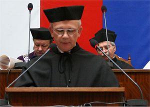 Promotor dostojnego Doktoranta Johannesa Georga Bednorza - prof. dr hab. Krystian Roleder