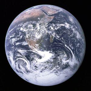 Czy zgasną światła na Ziemi?