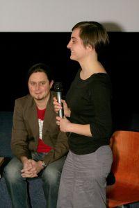 Autorka zdjęć do filmu 'Warszwianka' Weronika Bilska otrzymała nagrodę 'Światło dla Sztuki'z reżyserem 'Warszawianki' Marcinem Maziarzewskim hspace=