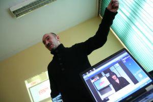 Warsztaty z red. Januszem Chmilewskim z agencji Reuters