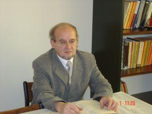 Prof. dr hab. Adam Idziak