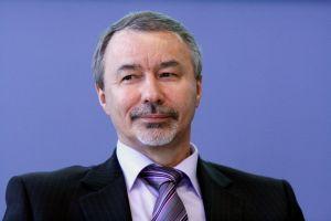 prof. zw. dr. hab. Wiesław Banyś