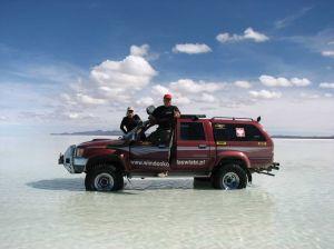 Południowoamerykańska część wyprawy dookoła świata, Solar de Uyuni (Boliwia). Foto: Ilkiewicz i Małgosia Rzadkosz