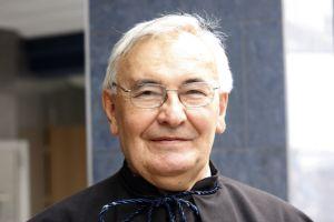 prof. zw. dr hab. Maksymilian Pazdan